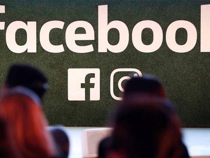 Logotipo de Facebook, en una imagen tomada en Bruselas.