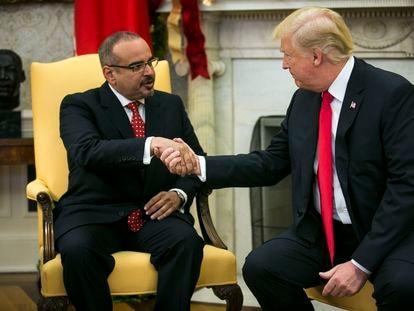 Donald Trump y el príncipe heredero de Baréin, Salman bin Hamad al Jalifa, en noviembre de 2017 en la Casa Blanca.