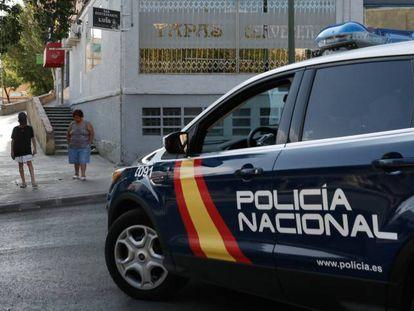 Un coche patrulla de la Policía Nacional, en una imagen de archivo.