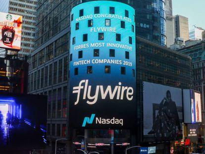 La torre de Nasdaq en Nueva York anuncia Flywire.