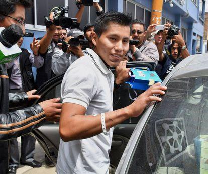 UNO DE LOS SUPERVIVIENTES RECIBE EL ALTA MÉDICA. El técnico boliviano Erwin Tumiri recibió este martes el alta médica y dejí el hospital en el que se internó tras llegar de Colombia el fin de semana, en la ciudad de Cochabamba (Bolivia).