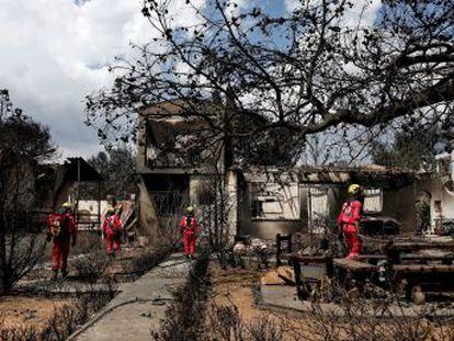 Sigue al minuto las novedades sobre los fuegos en los alrededores de Atenas que han ocasionado al menos 80 muertes