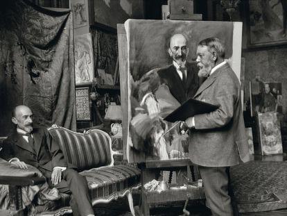 Sorolla pinta un retrato del dramaturgo, guionista y productor de cine Jacinto Benavente (Madrid, 1866 - 1954) en 1917, cinco años antes de que el escritor recibiese el Premio Nobel de Literatura.