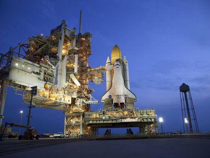 Transbordador espacial en la plataforma de la NASA en Houston, Estados Unidos.