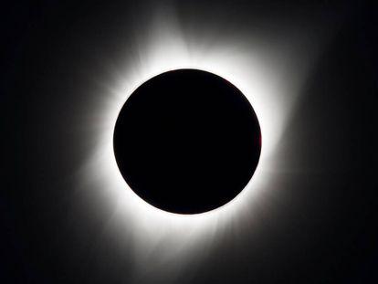 Imagen del eclipse total, hoy en Oregón (EE UU)