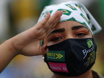 Una seguidora de Bolsonaro, durante una manifestación a principios de mayo en Brasilia.