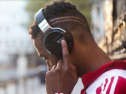 En la imagen, los auriculares Cowin E7 (5,6), los segundos más valorados de los cuatro modelos probados.