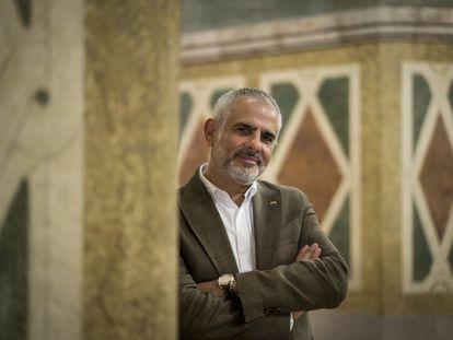 Carlos Carrizosa (C's), aspirante a la presidencia de la Generalitat, fotografiado en el Parlament.