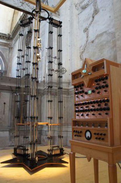 'Cordiox', instrumento creado por Ariel Guzik para captar sonoridades del entorno.