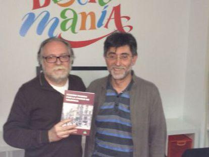 Los autores del libro Manuel del Álamo y Albert Pitarch en el acto de presentación.