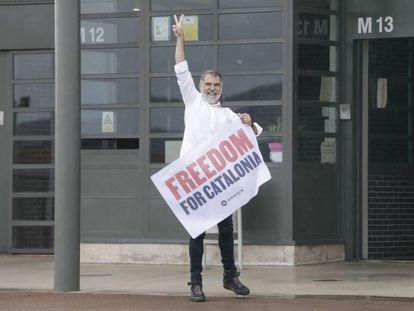 El presidente de Òmnium Cultural, Jordi Cuixart, al salir de la prisión de Lledoners, el pasado 23 de junio.