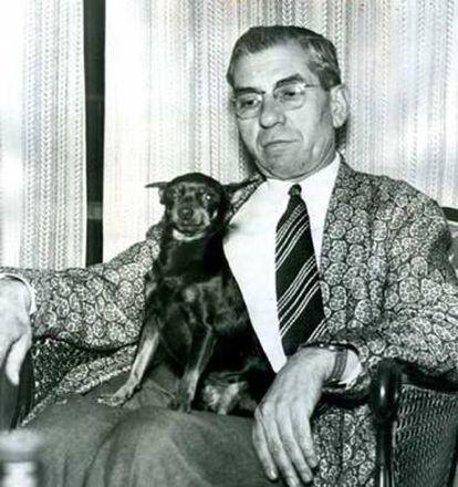 Charles Lucky Luciano, tras salir de la cárcel en 1946.