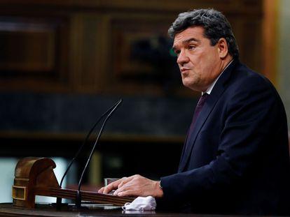 El ministro de Seguridad Social, José Luis Escrivá, interviene durante el debate del proyecto de presupuestos generales del Estado para 2021 en el Congreso.