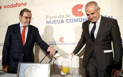 Cebrián y Caño, en un acto en Madrid en 2015.
