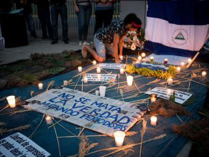 Huestes del presidente agreden e intimidan a reporteros nacionales y extranjeros que dan cobertura a la crisis en el país centroamericano