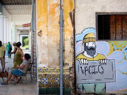 Vista de un mural en La Habana (Cuba) el 1 de septiembre. El banco central anunció recientemente la legalización de criptomonedas.