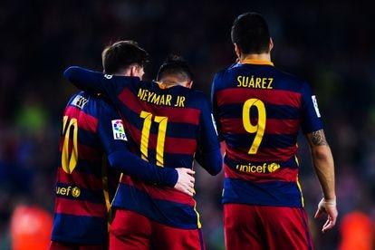 Eljugador, junto a Messi y Luis Suárez en 2016. Los tres formaron la célebre MSN, delantera que llevó al FC Barcelona a ganar su quinta Champions.