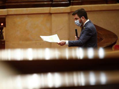 El presidente de la Generalitat en funciones, Pere Aragonès, en el Parlament.