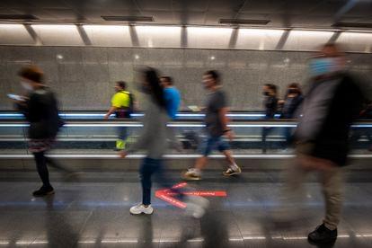 La estación de metro de Diagonal, en Barcelona, la mañana del pasado miércoles.
