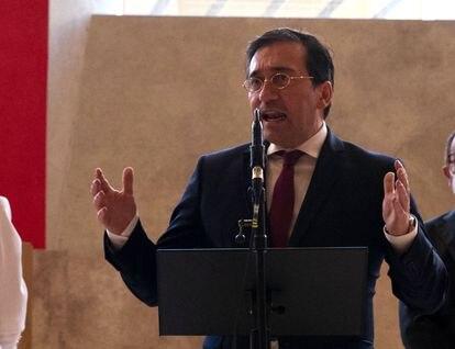 El ministro de Asuntos Exteriores, José Manuel Albares, el pasado domingo en el auditorio del Museo del Prado.
