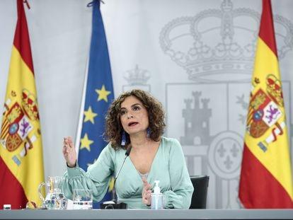 La ministra de Hacienda y portavoz del Gobierno, María Jesús Montero, en la rueda de prensa posterior al Consejo de Ministros eset martes.