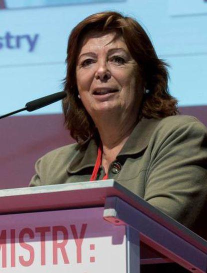 María Vallet.