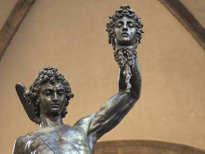 Estatua de Perseo con la cabeza de Medusa en Florencia.
