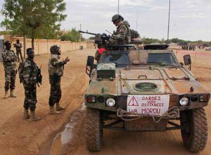 Soldados franceses patrullan la ciudad maliense de Gao, a finales de 2013.