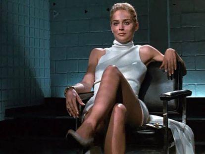 Sharon Stone en 'Instinto básico'. En vídeo, la famosa escena en la que la actriz cruza las piernas.