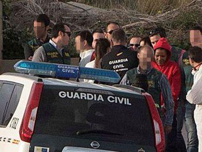 La Guardia Civil encuentra el hacha con la que la asesina confesa supuestamente golpeó a Gabriel