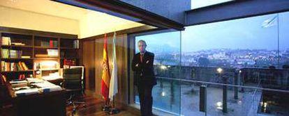 Emilio Pérez Touriño, en la residencia oficial de Monte Pío, en Santiago de Compostela.