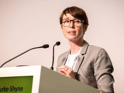 Naomi Burke-Shyne, directora de Harm Reduction International, durante el 26º congreso en Oporto.