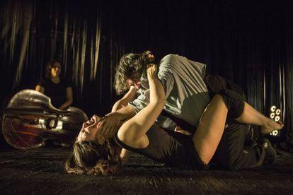Aitana Sánchez-Gijón y Andrés Lima, en una escena de Medea.