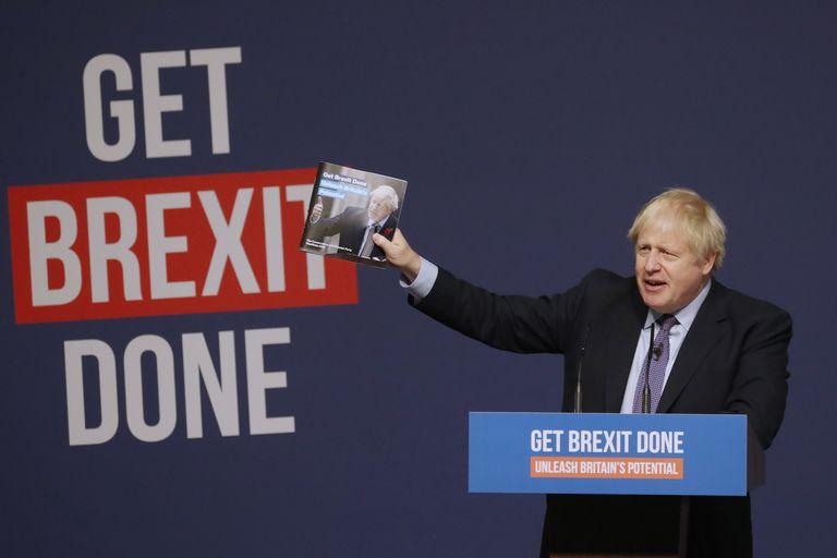 Boris Johnson presenta el programa electoral conservador, con la promesa de concluir el Brexit, el 24 de noviembre de 2019.