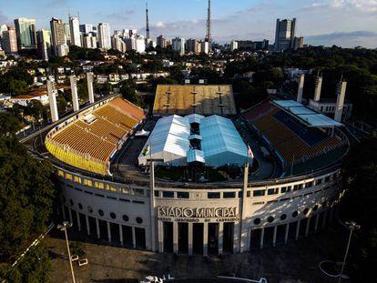 Estadio municipal Paulo Machado de Carvalho, conocido como estadio Pacaemú, en Sao Paulo, donde se ha instalado un hospital de campaña con capacidad para 200 camas. |