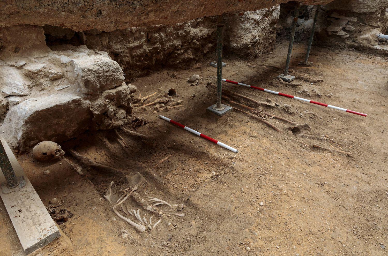 Varios esqueletos de poco valor en la excavación que busca a Red Hugh O'Donnell en Valladolid.