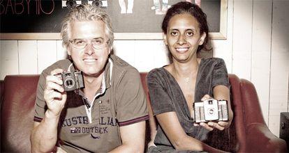 Matthias Fiegl y Sally Bibawy muestran sus LOMO LC-A +.