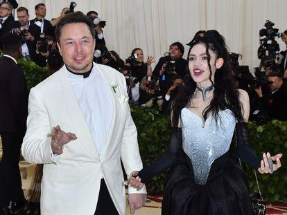 Elon Musk y Grimes, en la gala Met de 2018.
