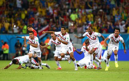 Los jugadores de Costa Rica celebran la clasificación
