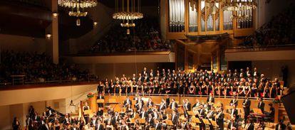 Orquesta Metropolitana y Coro Talía en uno de sus conciertos.