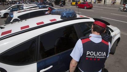 Una patrulla de los Mossos d'Esquadra en una imagen de archivo.