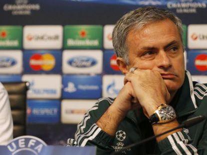 Mourinho, el martes en una rueda de prensa en Manchester.