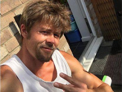 Nathan Meads en una de las fotografías que comparte en Instagram. El parecido con Brad Pitt es indudable.