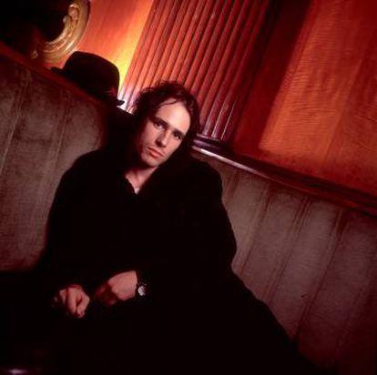 Jeff Buckley llevó 'Hallelujah', de Leonard Cohen, a un nivel de emoción difícil de superar.