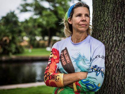 La ingeniera estadounidense Judy Perkins lleva dos años y medio sin cáncer tras recibir una terapia experimental basada en un autotrasplante de sus propios linfocitos.
