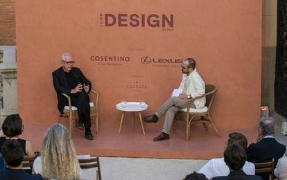 A moment of the conversation between the British architect David Chipperfield and Daniel García, director of ICON.