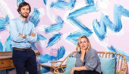 Carmen Bustos (Madrid, 1978) y Eduardo Beotas (Madrid, 1977). Se  conocieron estudiando Marketing en ESIC y en 2004 fundaron Soulsight, su propia consultora.