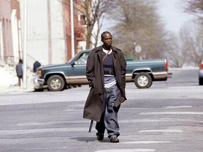 Michael K. Williams como Omar Little en el quinto capítulo de la primera temporada de 'The Wire'.