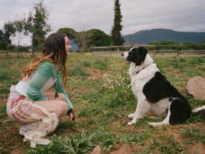 Imagen promocional del videoclip de Rigoberta Bandini , 'Perra'.