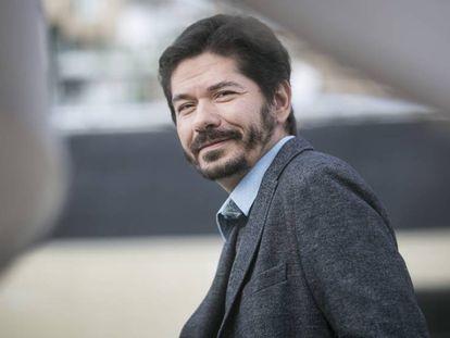 Juan Pablo Villalobos, ganador del premio Herralde de Novela.